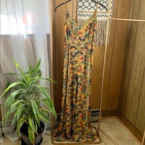 NWT🌿tropical jumpsuit!
